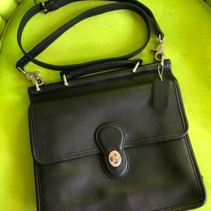 Coach Willis B1P-9927 Black Leather Shoulder Bag